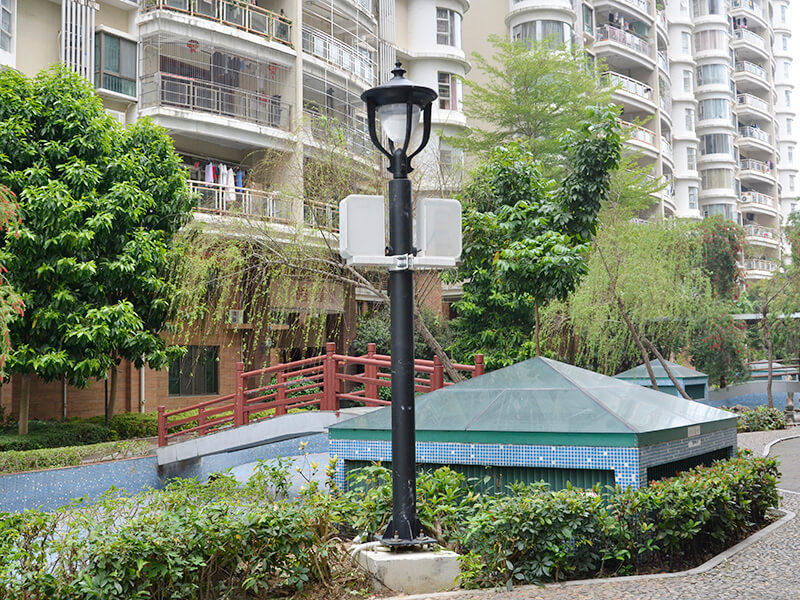 energy saving smart street light pole suitable for public lighting