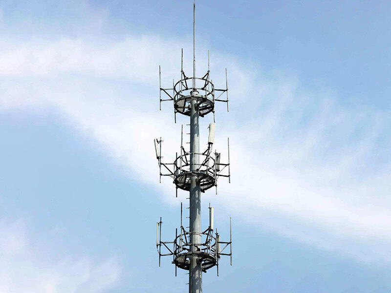 light weight telecommunication tower ideal for communication industy